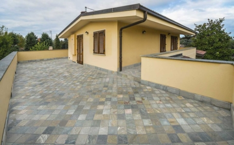 terrace flooring stone paver supplier in delhi